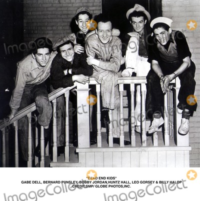 Huntz Hall Photo - Dead End Kids Be Dellbernard Punsley Bobby Jordan Huntz Hall Leo Gorsey  Billy Halop CreditssmpGlobe Photosinc
