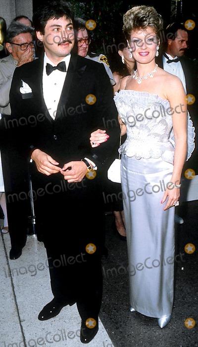 Photos and Pictures - Academy Awards Oscars 1986 James ...