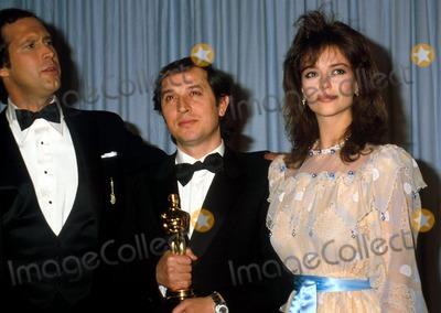 Rachel Ward Photo - Academy Awards Oscars 1982 Phil RoachipolGlobe Photos Inc Chevy Chase Rachel Ward