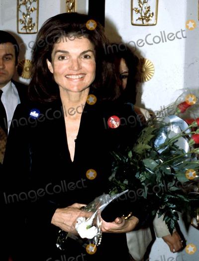Jacqueline Kennedy Onassis Photo - Jacqueline Kennedy Onassis Photo Byhy SimonGlobe Photos Inc 1980 Jacquelinekennedyonassisretro