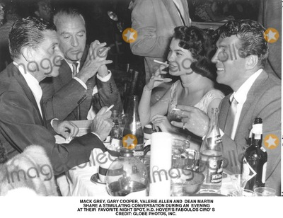 Gary Cooper Photo - Mack Grey Gary Cooper Valerie Allen and Dean Martin Share a Stimulating Conversation During an Evening at Their Favorite Night Spot Hd Hovers Faboulos Ciro S Credit Globe Photos Inc