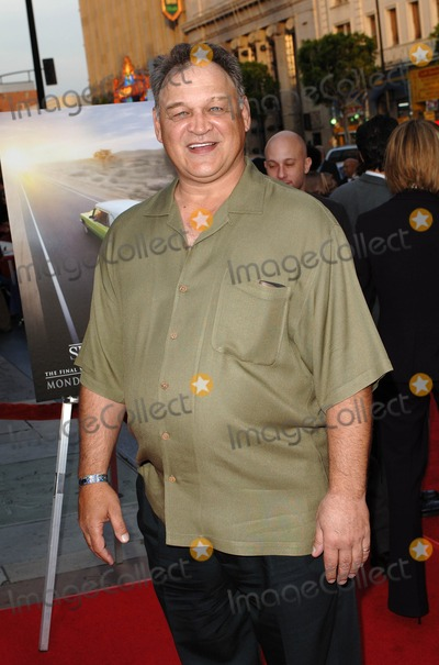 Ed ORoss Photo - the Fifth and Final Season Premiere of Hbos Six Feet Under at Graumans Chinese Theater Hollywood CA 05-17-2005 Photo by Fitzroy BarrettGlobe Photos Inc 2005 Ed Oross