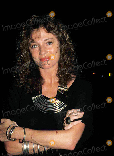 Jackie Bisset Photo - ( Jacqueline ) Jackie Bisset Photo Bytom Hayes-michelson-Globe Photos Inc