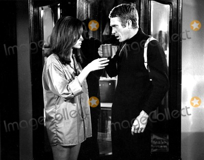 Jacqueline Bisset Photo - Jacqueline Bisset and Steve Mcqueen in Bullitt 1968 A11805adh Supplied by Globe Photos Inc Stevemcqueenobit