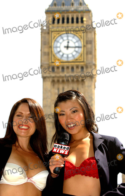 Samantha Page Photo - Lily Kwan  Samantha Page Naked News Press Launch - Central Hall Westminster London 8112004 Photo Bybrett ParkerglobelinkukGlobe Photos Inc 2004