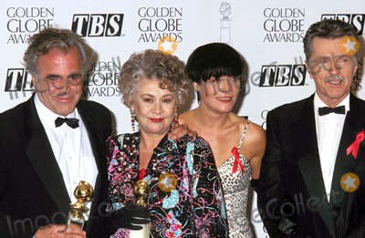 Amanda Donahue Photo - 1993 Golden Globe Awards Maximilian Schell_tom Skerritt_joan Plowright_amanda Donahue Photo by Lisa Rose-Globe Photosinc