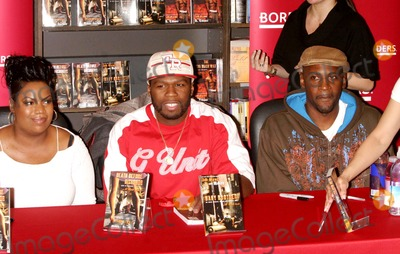 Curtis Jackson Photo - Fifty Cents and Crew Promote the Launch of G-unit Books at Borders Books and Music Time-warner Center 01-04-2007 Photos by Rick Mackler Rangefinder-Globe Photos Inc2007 Fifty Cent(curtis Jackson) and Niki Turner with K-elliott