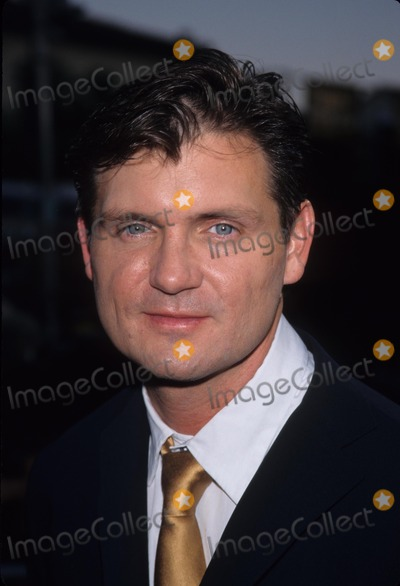 H2O Photo - Vince Williams Halloween H2o Premiere in Los Angeles 1998 K12918fb Photo by Fitzroy Barrett-Globe Photos Inc
