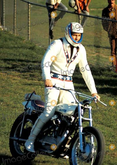 Evel Knievel Photo - Evel Knievel Photo Peter Lake  Globe Photos Inc 1971 Coolathletes