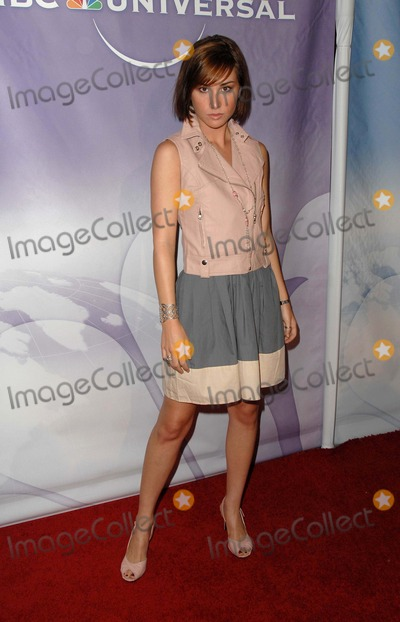 ALISON SCAGLIOTTI Photo - NBC Universals Press Tour All-star Party at the Langham Huntington Hotel  Spa in Pasadena CA 08-05-2009 Photo by James Diddick-Globe Photos  2009 Alison Scagliotti