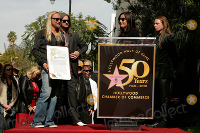 Alex Orbison Photo - I14552CHW  Rock And Roll Legend Roy Orbison Honored Posthumously With Star On The Hollywood Walk Of Fame 1750 N Vine At Capitol Records Hollywood CA01292010  BARBARA ORBISON WITH ALEX ORBISON AND ORBISON FAMILY MEMBERS  Photo Clinton H Wallace-Photomundo-Globe Photos Inc 2010  I15100CHW