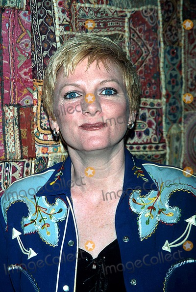 Alison Arngrim Photo - Western Music Promotes Read Rite and Recite House of Blues LA 062002 Alison Arngrim Photo by Milan RybaGlobe Photos Inc