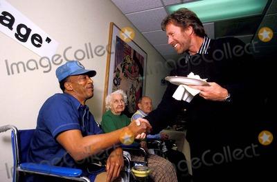 Chuck Norris Photo - Chuck Norris Photo James Colburn  Globe Photos Inc Chucknorrisretro