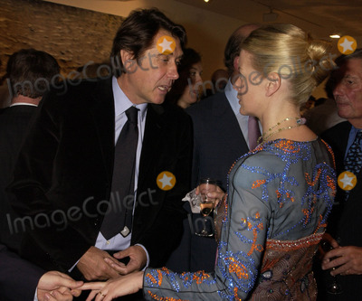 Lady Helen Windsor Photo - 20052003 A13109 Timothy Taylor Gallery Opening Dering Street London 05202003 Photo Dave Benett Apha Globe Photo Inc 2003 Bryan Ferry and Lady Helen Windsor