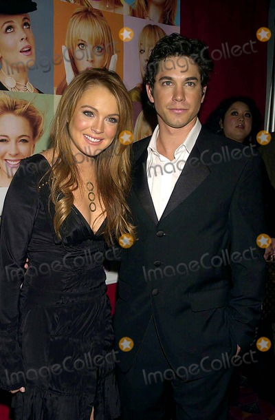 Adam Garcia Photo - Premiere of Confessions of a Teenage Drama Queen  the E-walk Theater  New York City 02172004 Photo John Krondes  Globe Photosinc 2004 Lindsay Lohan and Adam Garcia