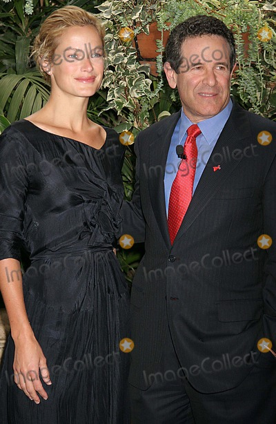 Arthur Agatston Photo - Novo Nordisk and the Entertainment Industry Foundation Host Health Focus 2006 Luncheon Four Seasons Hotel Beverly Hills CA 02-15-2006 Photo Clinton Hwallace-photomundo-Globe Photos Inc Carolyn Murphy and Dr Arthur Agatston