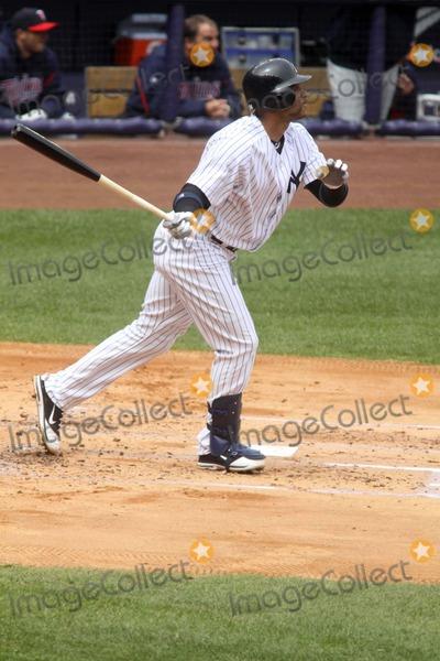 Andrew Jones Photo - Andrew Jones at Yankees Vs Minnesota Twins Game at Yankee Stadium Bronx New York 04-07-2011 Photo by John BarrettGlobe Photos Inc