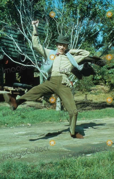 Fred Astaire Photo - Fred Astaire V6811a Photo by Transworld Feature Syndicate-Globe Photos Inc