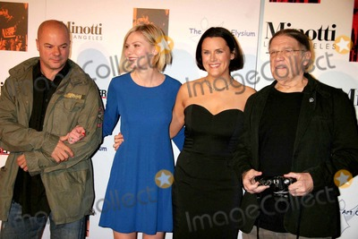 Henry Diltz Photo - I11412CHW THE ART OF ELYSIUMS ANNUAL ART BENEFIT SPONSORED BY BALLY AND THE HOLLYWOOD REPORTER MINOTTI LOS ANGELES CA12-02-2006RUSSELL YOUNG - POP ARTIST KIRSTEN DUNST-HOST JENNIFER HOWELL AND HENRY DILTZ - PHOTOGRAPHER PHOTO CLINTON H WALLACE-PHOTOMUNDO-GLOBE PHOTOS INC