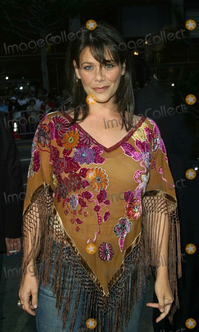 Meredith Salenger Photo - Meredith Salenger - Identity - Premiere - Mann Chinese Theater Hollywood CA - April 23 2003 - Photo by Nina PrommerGlobe Photos Inc2003