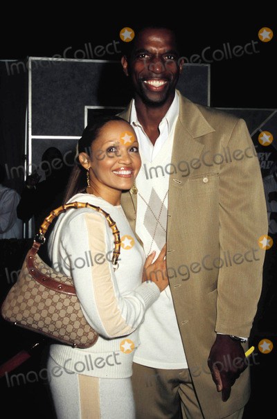 AC Green Photo - Glory Road Premiere Pantages Theatre California Photo Phil Roach  Ipol  Globe Photos Inc 2006 a C Green and Wife (Former Los Angeles Laker)