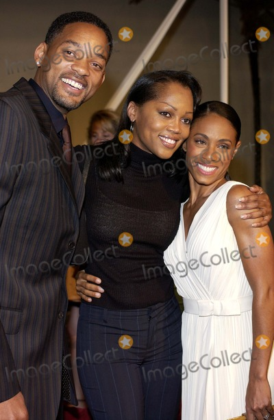 Theresa Randle Photo - Ray World Premiere at the Cinerama Dome and Arclight Cinemas in Hollywood California 10192004 Photo by Valerie GoodloeGlobe Photos Inc 2004 Jada Pinkett Smith Will Smith and Theresa Randle