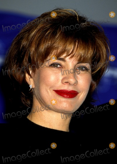 Anne Archer Photo - 17th Annual Cable Ace Awards 1995 Anne Archer Photo Bylisa RoseGlobe Photos Inc