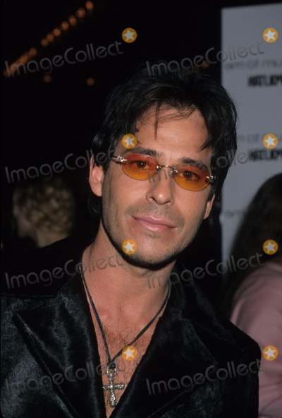 Ricky Paull Goldin Photo - Ricky Paull Goldin Return to Me Premiere at Century City Cinemas in Las Angeles 2000 K18368fb Photo by Fitzroy Barrett-Globe Photos Inc
