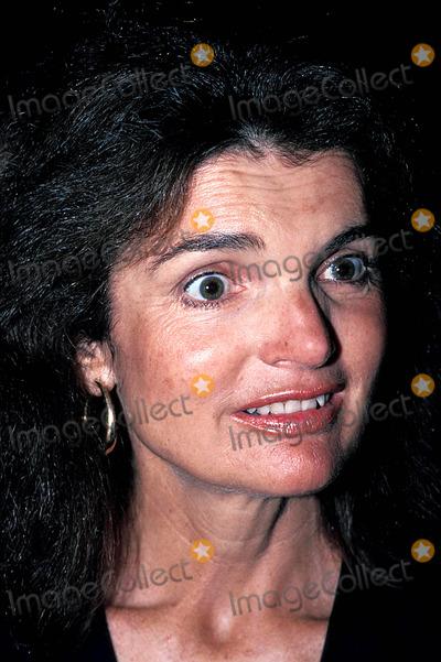Jackie Onassis Photo - Jacqueline Kennedy Onassis Photojames Colburnjames Colburn  Ipol  Globe Photos Inc 1980 Jacquelinekenndeyonassisretro