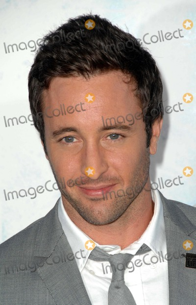 Alex OLoughlin Photo - Los Angeles Premiere of Whiteout at the Mann Village Theater in Westwood California 09-09-2009 Photo by Scott Kirkland-Globe Photos  2009 K63100sk Alex Oloughlin
