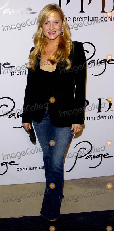 Jessica Kavanaugh Photo - Hollywood Goes Denim Carpet Casual Las It Street Paige West Hollywood CA 11-17-05 Photo David Longendyke-Globe Photos Inc 2005 Image Jessica Kavanaugh