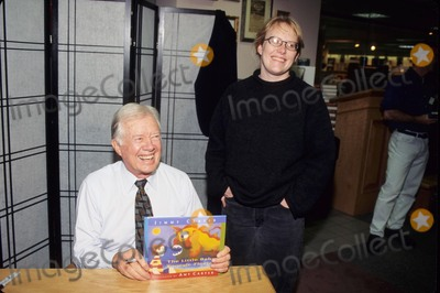 Amy Carter Photo - Jimmy Carter with Daughter Amy Carter Book Sign the Little Baby Snoogle-fleejer 1995 K3473jkel Photo by James M Kelly-Globe Photos Inc