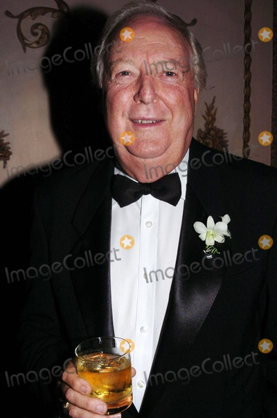 Fred Stolle Photo - International Tennis Hall of Fame Hosts Newport in New York Golden Gala in New York City 09102004 Photo by John KrondesGlobe Photos 2004 Fred Stolle