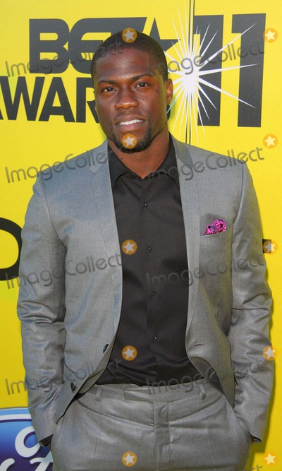 Kevin Hart Photo - Kevin Hart Debra L Lee Hosts Fifth Annual Pre Bet Awards Dinner 2011 Held at Book Bindery Culver City CA June 25- 2011 photo tleopoldglobephotos