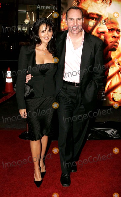 Arnold Vosloo Photo - Sylvia Ahi Arnold Vosloo Actor  Wife K51010 Blood Diamond Premiere at Graumans Chinese Theatre Hollywood  CA 12-06-2006 Photo by Allstar-Globe Photosinc