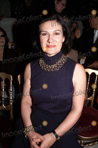 Paloma Picasso Photo - IMAPRESS PH  YANNIS VLAMOSYVES SAINT LAURENTS LAST ADIEU TO FASHION HIS LAST EVER FASHION SHOW RETRACING HIS FORTY YEARS CAREER WAS HELD AT THE CENTRE POMPIDOU (BEAUBOURG) IN PARIS ON THE 22ND JANUARY 2002PALOMA PICASSOCREDIT IMAPRESSYANNIS VLAMOSGLOBE PHOTOS INC
