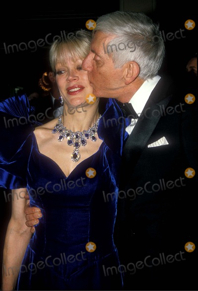Aaron Spelling Photo - Aaron Spelling with Candy Spelling 1989 Photo by Paula Colella-michelson-Globe Photos Inc