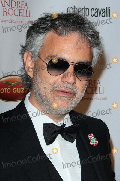 Andrea Bocelli Photo - Andrea Bocelli attends a Celebration of All Fathers Gala on June 6th 2013 at Paramount Pictures Studios Los Angeles causa Photo TleopoldGlobephotos