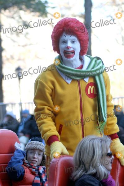 Ronald McDonald Photo - Macys Thanksgiving Parade Bruce Cotler 11 24 11 Ronald Mcdonald