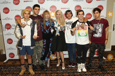 Amy Astley Photo - The Janoskians Amy Astleydebby Ryan Attend Teen Vogues Back-to-school-saturday Kickoff Event on August 8th 2014 at Del Amo Fashion Center torrancecaliforniausa Photo tleopoldGlobephotos