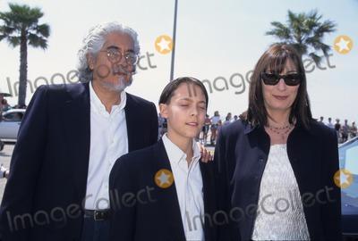 Anjelica Huston Photo - Anjelica Huston the 12th Independent Sprit Awards in Santa Monica Ca Photo by Michael Ferguson-Globe Photos Inc