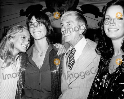 Aaron Spelling Photo - Aaron Spelling with the Angels Cheryl Ladd  Kate Jackson and Jaclyn Smith A3012-12 Photo by Nate Cutler-Globe Photos Inc