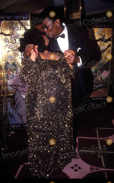 Nell Carter Photo - 10251993           New yorknational Hero awardnell Carter and Clarence clemonsphoto by Mitchell levyrangefinderglobe Photos inc1993l6837mlnellcarterretro