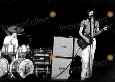 Keith Moon Photo - Keith Moon and Pete Townsend of the Who PipGlobe Photos Inc Petetownshendretro