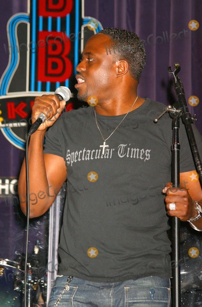 All 4 One Photo - Jamie Jones of All-4-one Debuts His Solo Album with a Hollywood Gala Hosted by Natalie Raitano-radio Coverage by Kiisfm  Hot 92 Bb Kings Universal City CA 04282004 Photo by Clinton H WallaceipolGlobe Photos Inc 2004 Wayne Brady