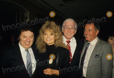 Sidney Sheldon Photo - Marty Allen Dyan Cannon Sidney Sheldon Geoff Edwards 1987 Photo by Michelson-Globe Photos Inc