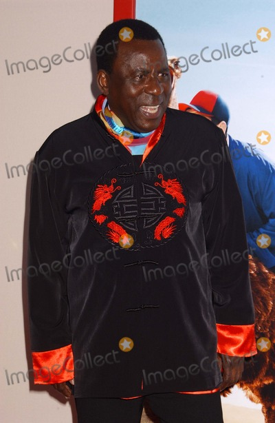 Abdoulaye NGom Photo - Abdoulaye Ngom attends the Premiere of Blended at the Chinese Theater in Hollywoodca on May 212014 Photo by Phil Roach-ipoll-Globe Photos