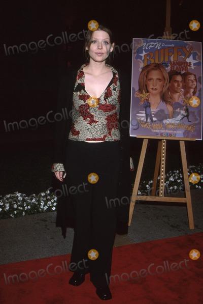 Amber Benson Photo -  Buffy the Vampire Slayer Musical Episode Paramount Studioshollywood CA 11022001 Amber Benson Photo by Amy GravesGlobe Photosinc