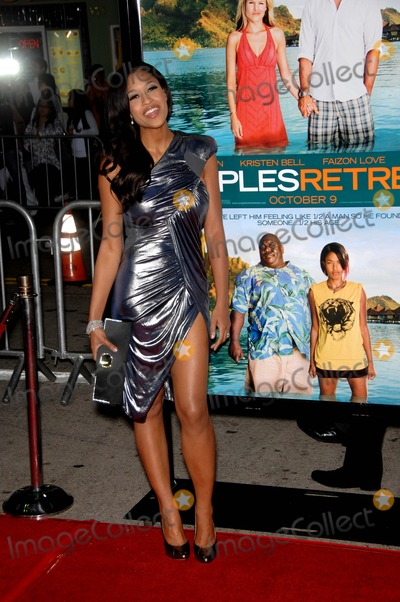 Kali Hawk Photo - Kali Hawk During the Premiere of the New Movie From Universal Pictures Couples Retreat Held at Manns Village Theatre on October 5 2009 in Los Angeles Photo Michael Germana-Globe Photos Inc 2009