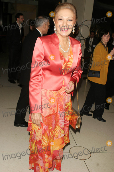 Farah Pahlavi Photo - Opera Season Opens Withmadama Butterfly at Lincoln Center Dated 09-25-06 Photos by John Barrett-Globe Photosinc Farah Her Majesty Queen(widow of the Last Shah of Iran)
